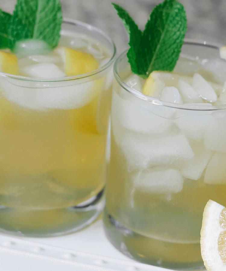 lemon signature cocktail